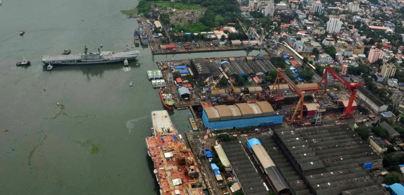 5 people killed in a shipyard blast in Cochin
