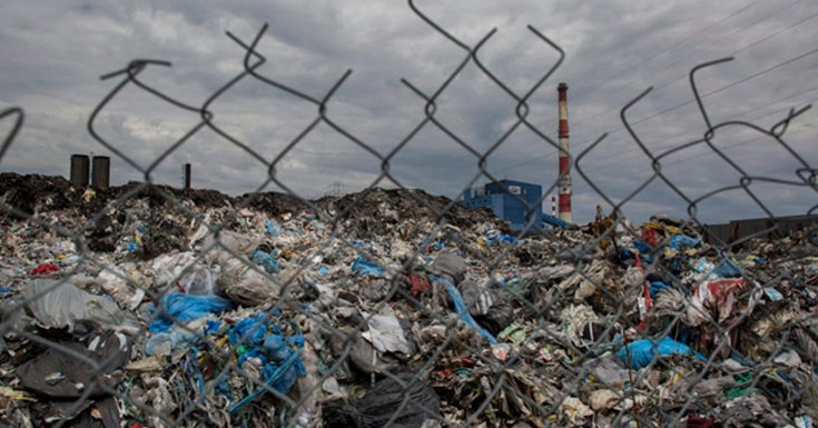 Poland to Come up with Stricter Regulations to Deal with UK's Plastic-Waste